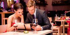5 Вещей, которые почти все мы, девушки, делаем на первом свидании