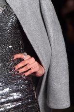 7 Лаконичных идей дизайна ногтей: фото примеров, советы и хитрости. модный маникюр своими руками – простые идеи дизайна ногтей (фото)