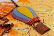 Что подарить девушке, которая любит путешествовать?