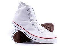 Как очистить белую тряпичную обувь